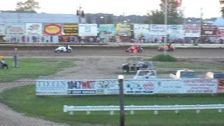 preview picture of video 'Fremont Speedway 06-27-09 Josh Muntz Flip'
