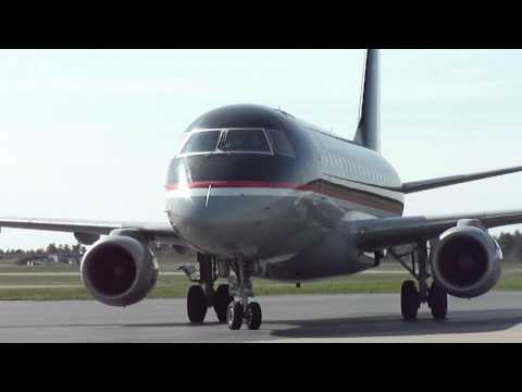 US Airways Express Embraer 170 Arrives in Bangor, Maine (Close-up taxi)