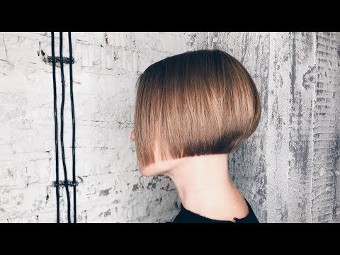 how to cut a short graduated bob. haircut tutorial