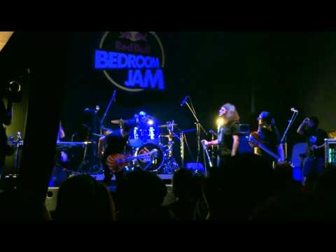Schooldrivers Live at Red Bull Bedroom Jam Finals [Stage Volume One, Athens]