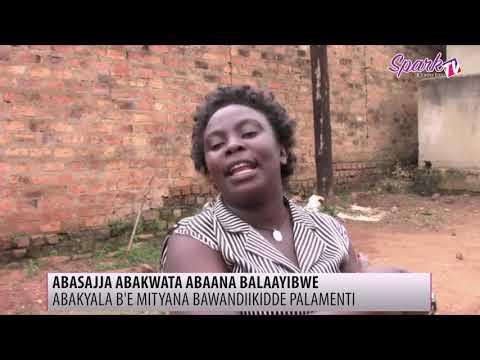 Abakyala e Mityana babaze ekiwandiiko ku kukomya omuze gw'okukabasanya abaana
