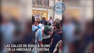 LAS CALLES DE RUSIA A PLENO CON LA HINCHADA ARGENTINA