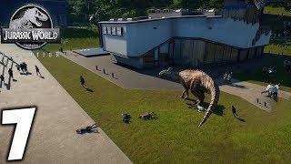Jurassic World Evolution. Динозавр напал на людей