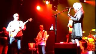 """Mark Knopfler & Emmylou Harris """"Red staggerwing"""" 2006 Brussels"""
