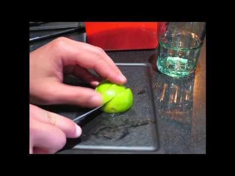 Las acciones en el plástico del pecho en kieve