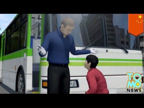 Video Anak manja menyerang pengemudi lalu menggigit orang lewat - Tomonews