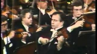 Henryk Szeryng plays Paganini Violin Concerto No. 3 (3rd Mov)