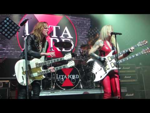 "Lita Ford &  Lzzy Hale  ""Close My Eyes Forever"" Live @ Webster Hall"
