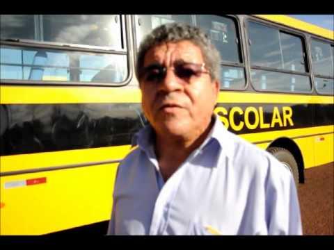 A Prefeitura de Dois Irmãos do Buriti recebe mais 4 ônibus escolares.