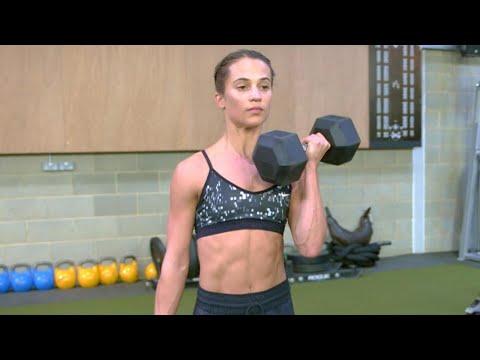 Comme balancer les muscles pour les jeunes filles