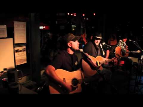 Darby Ledbetter at Pucketts.mp4