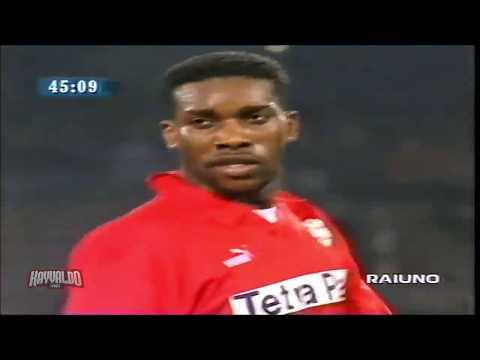 Jay Jay Okocha vs Juventus