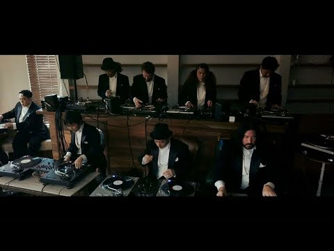 The Philharmonic Turntable Orchestra Scratch a Few Beats Together