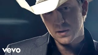Justin Moore - If Heaven Wasnt So Far Away (Official Video)