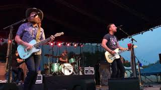 Brothers Osborne   Shoot Me Straight *New Song*