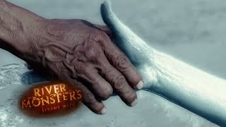 Mermaid Body Snatcher: Attack Story - River Monsters
