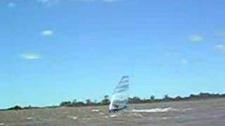 preview picture of video 'Windsurf en federacion'