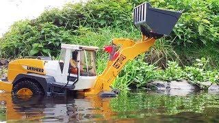 BRUDER Toys ♦ Liebherr LOADER River Stuck ♦ BRUDER Trucks for CHILDREN
