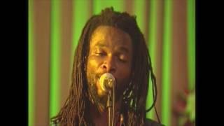 Beautiful Nubia - Ikoko Akufo (Live, 2008)