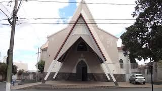 Igrejas reabrem, mas festas religiosas não podem.
