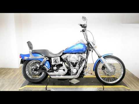 2005 Harley-Davidson FXDWG/FXDWGI Dyna Wide Glide® in Wauconda, Illinois - Video 1