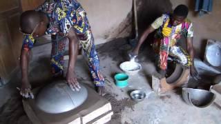 Fabrication de Marmites à Abomey 2015