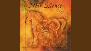 "Video thumbnail of ""Noir Silence - Je fuis"""