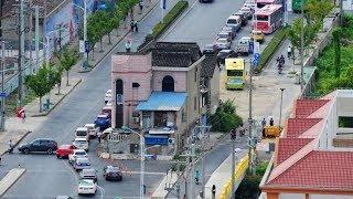 Berdiri Tegak 14 Tahun di Tengah Jalan, Rumah Berisi 7 Keluarga Akhirnya Digusur, Ini Syaratnya!