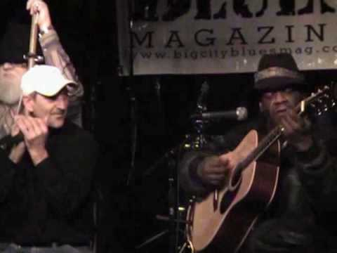 Travelin' Blues - Detroit's Greek Town Bluesman