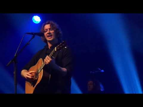 Dean Lewis - Stay Awake Live Paradiso Amsterdam 13-4-2019 - Hilda