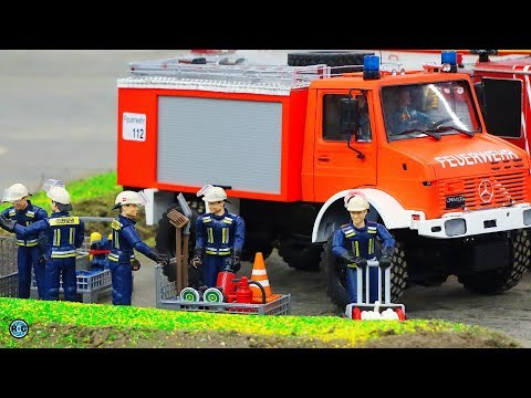 GERMAN RC FIRE TRUCKS IN ACTION 🚒 INTERMODELLBAU 2018
