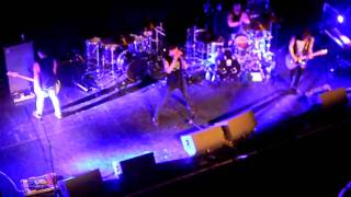 Young Guns- Stitches ( All Time Low support 01-03-2011)