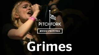"Grimes performs ""Genesis"" at Pitchfork Music Festival 2012"