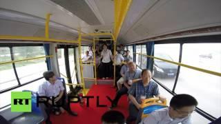 В Китае запустили автобус без водителя
