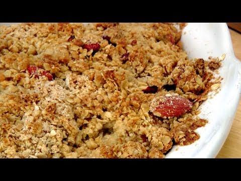 Homemade Peach Crisp – Recipe by Laura Vitale – Laura in the Kitchen Episode 142