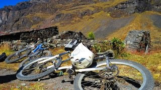 Biking in Bolivia. The Trout Trail with Banjo Tours.