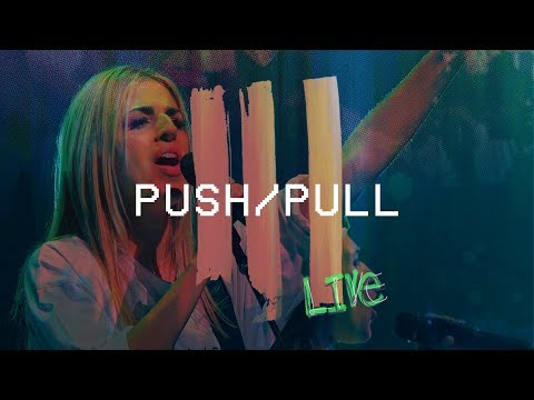 Push/Pull (feat. Brooke Ligertwood) (Live at Hillsong Conference) - Hillsong Young & Free
