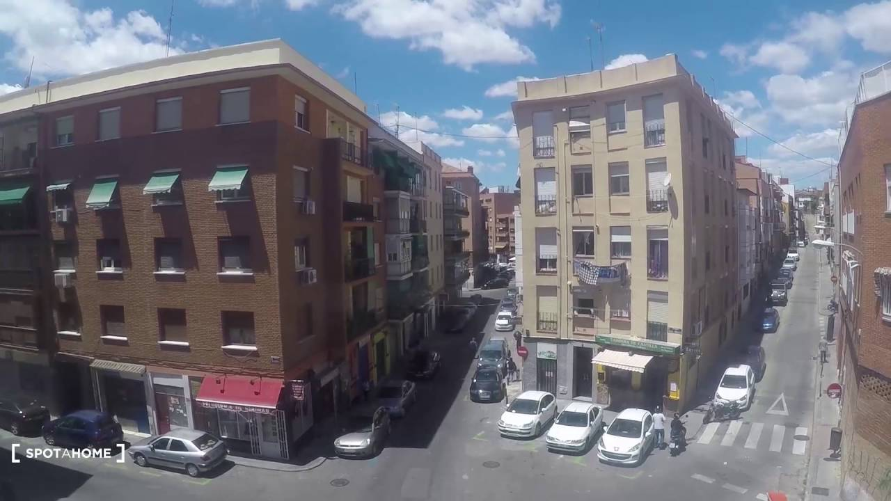 Convenient 55m2, 1-bedroom apartment with AC for rent in eclectic Tetuan