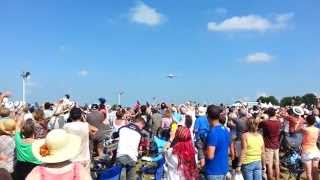 preview picture of video 'Airbus A380 Meeting aérien Roanne 2014'