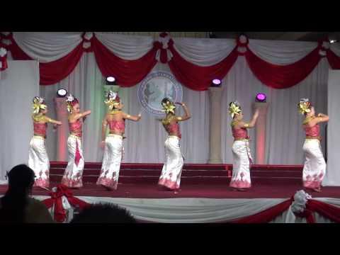 Hmong International New Year Dance 2017 - NKAUJ HMOOB TSHIAB
