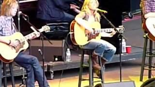 "Sheryl Crow - ""Lullaby for Wyatt"" (Live, 2009-10-25)"