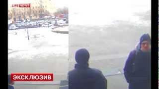 Смотреть онлайн Хипстер взорвал себя на вокзале в Волгограде