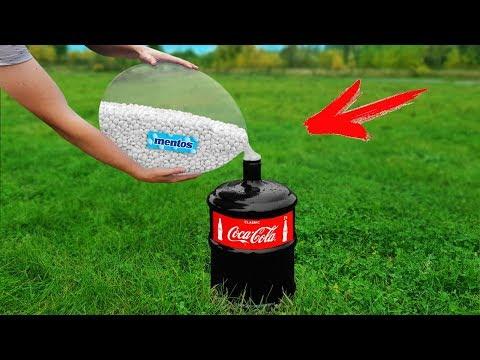 Experiment: Coca Cola and Mentos in to Giant Balloon! Super Reaction!