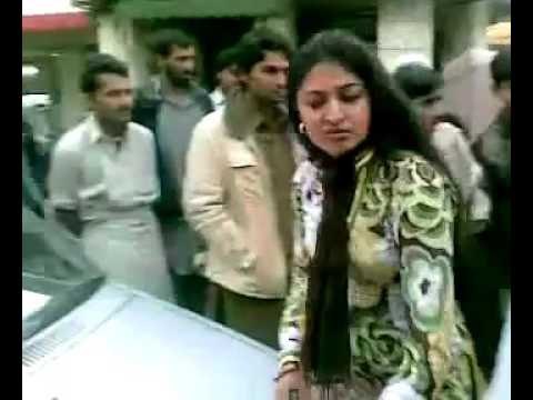 girl fight in lahore mp4   YouTube