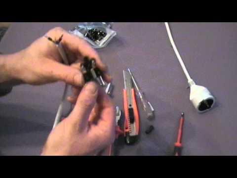 Montage eines Steckers