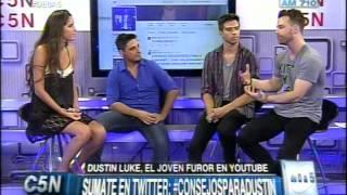 C5N - TIEMPO SOCIAL EN #DE1A5: DUSTIN LUKE, EL JOVEN NORTEAMERICANO FUROR EN YOUTUBE