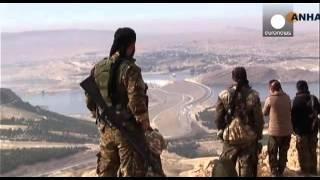 На реке Евфрат бойцы сирийской оппозиции укрепляют плотину гидроэлектростанции «Тишрин»
