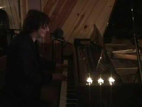 Andy Mac performing She Falls Away live in Buffalo