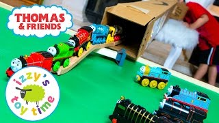 Thomas and Friends   Thomas Train Cardboard Tunnel with Brio and Imaginarium   Toy Trains for Kids