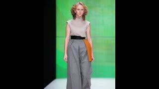 Девушка из Старой Каменки приняла участие в необычном модном показе